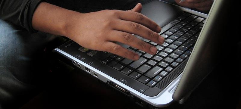 Zamówienie serwisu komputerowego przez internet